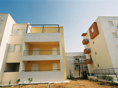 42 Apartment complex in Atalandi